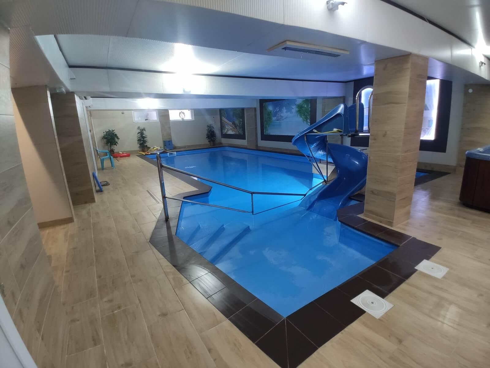 Dzieci też mogą korzystać z basenu